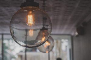 Nowoczesne oświetlenie współczesnego wnętrza