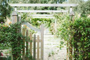 Oświetlenie ogrodu – co i jak powinno być oświetlone w pobliżu domu?