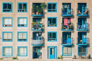 Meble do ogrodu i na balkon – co i jak wybrać?
